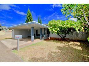Property for sale at 1046 Ala Oli Street, Honolulu,  Hawaii 96818