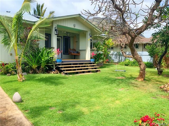Photo of home for sale at 84-686 Farrington Highway, Waianae HI