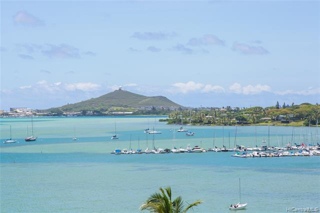 Photo of home for sale at 44-624 Kaneohe Bay Drive, Kaneohe HI