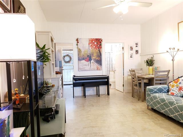Photo of home for sale at 1515 Emerson Street, Honolulu HI