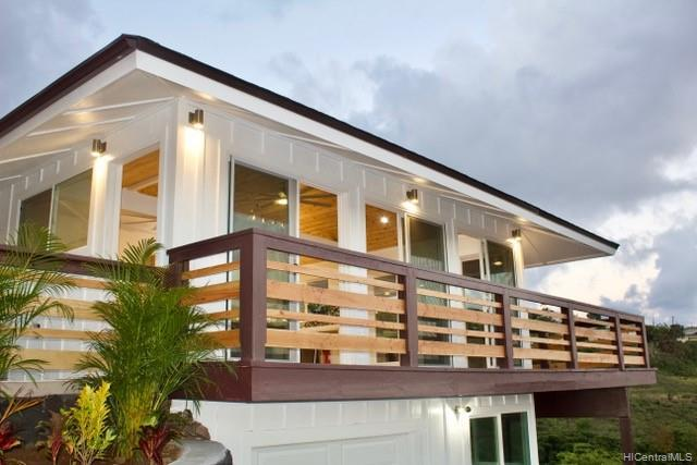 Photo of home for sale at 1709 Iwi Way, Honolulu HI