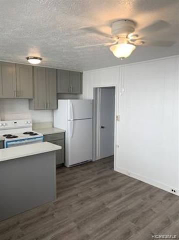 Photo of home for sale at 1408 Lusitana Street, Honolulu HI
