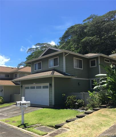 Photo of home for sale at 95-1045 Wikao Street, Mililani HI