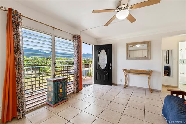 Photo of home for sale at 68-101 Waialua Beach Road, Waialua HI