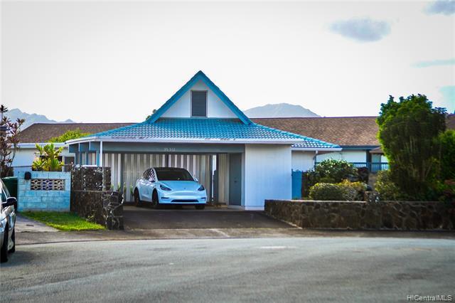 Photo of home for sale at 95-532 Hoaka Place, Mililani HI