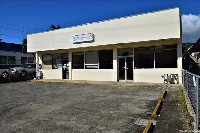 Photo of home for sale at 1336 School Street N, Honolulu HI