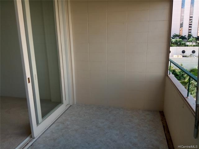 Photo of home for sale at 1720 Ala Moana Boulevard, Honolulu HI