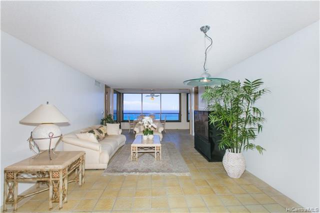 Photo of home for sale at 1650 Ala Moana Boulevard, Honolulu HI