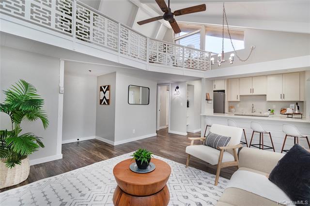 Photo of home for sale at 94-413 Keaoopua Street, Mililani HI