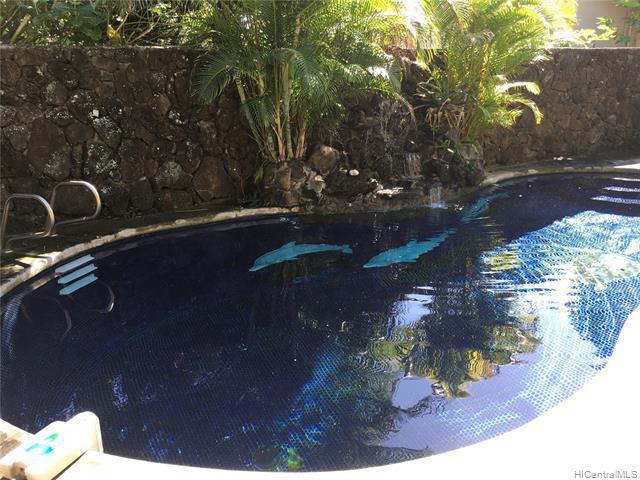 Photo of home for sale at 123 Ainoni Street, Kailua HI