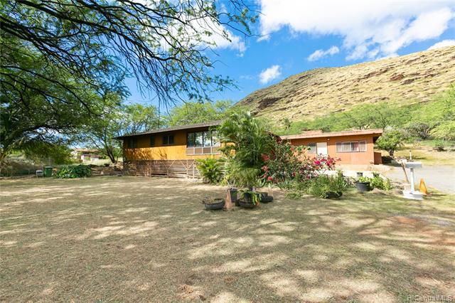 Photo of home for sale at 87-560 Hakimo Road, Waianae HI