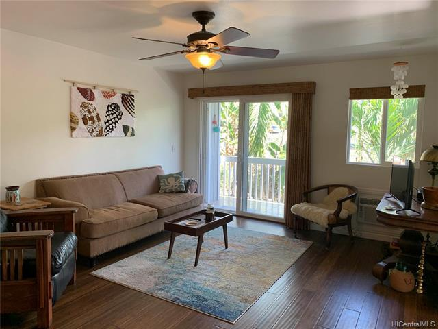 Photo of home for sale at 76-134 Heenalu Road, Kailua Kona HI