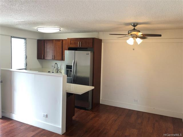 Photo of home for sale at 1670 Kalakaua Avenue, Honolulu HI