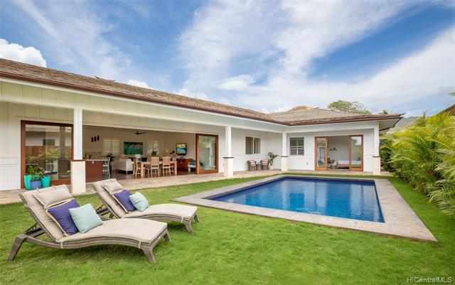 Photo of home for sale at 154 Mokumanu Drive, Kailua HI