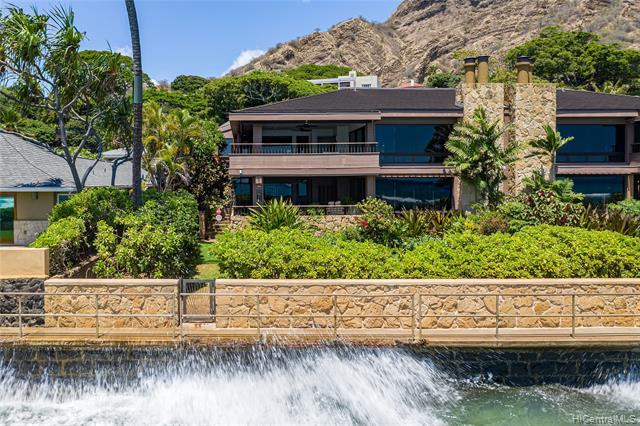 Photo of home for sale at 3165 Diamond Head Road, Honolulu HI