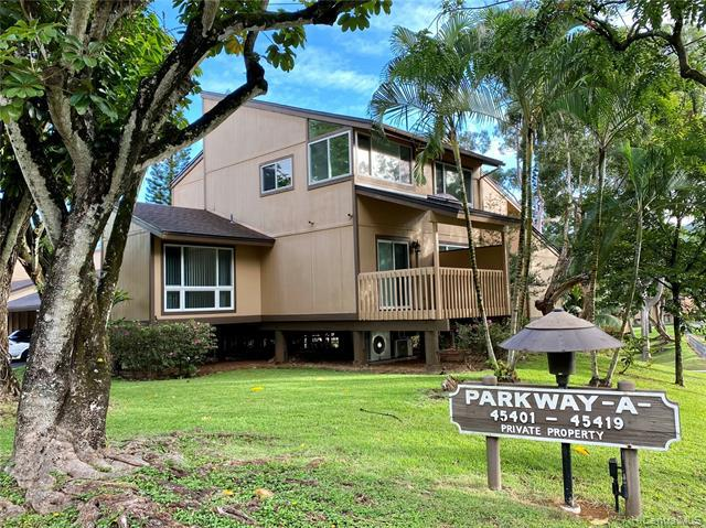 Photo of home for sale at 45-401 Mokulele Drive, Kaneohe HI