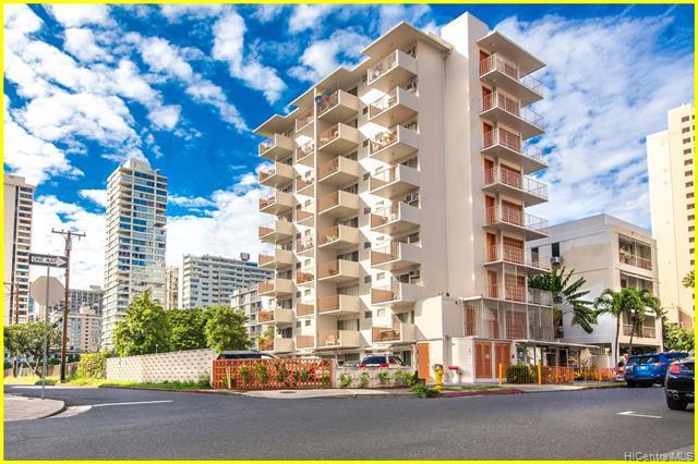 Photo of home for sale at 236 Liliuokalani Avenue, Honolulu HI