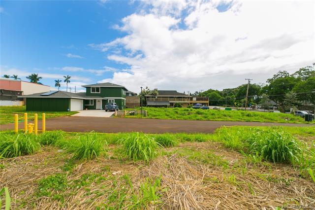 Photo of home for sale at 1106 Kilani Avenue, Wahiawa HI