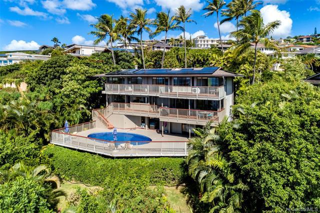 Photo of home for sale at 1532 Kamole Street, Honolulu HI