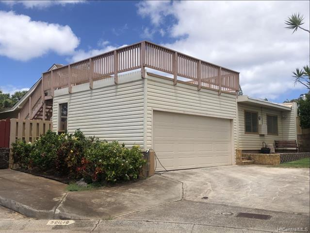 Photo of home for sale at 92-1140 Hooko Place, Kapolei HI