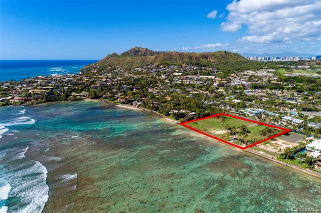 Photo of home for sale at 4415 Kahala Avenue, Honolulu HI