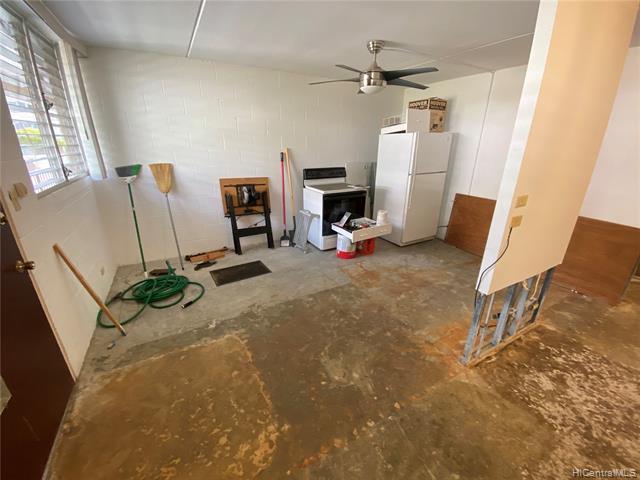 Photo of home for sale at 1401 Lusitana Street, Honolulu HI