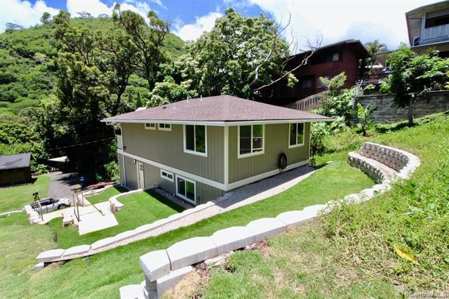 Photo of home for sale at 2465 Lamaku Place, Honolulu HI