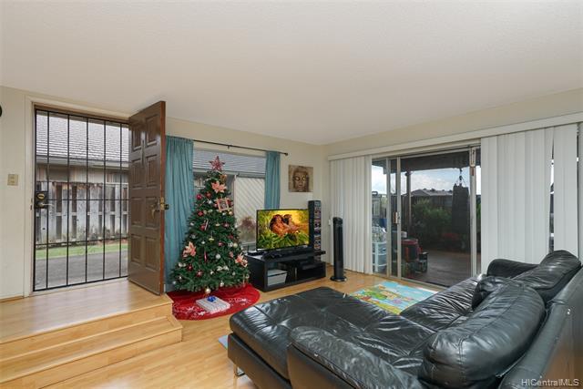 Photo of home for sale at 94-836 Lelepua Street, Waipahu HI