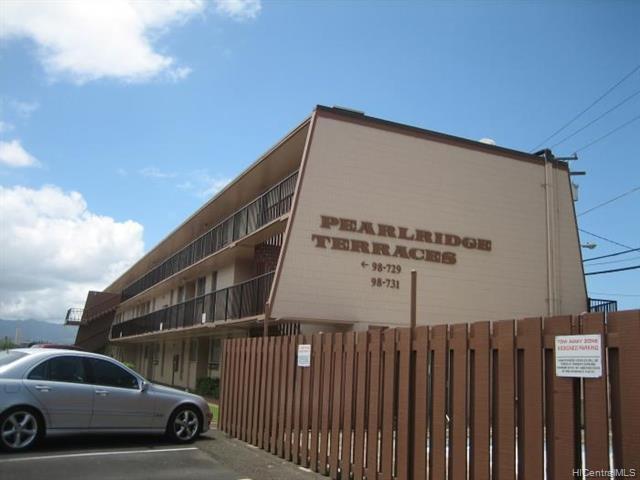 Photo of home for sale at 98731 Moanalua Loop, Aiea HI