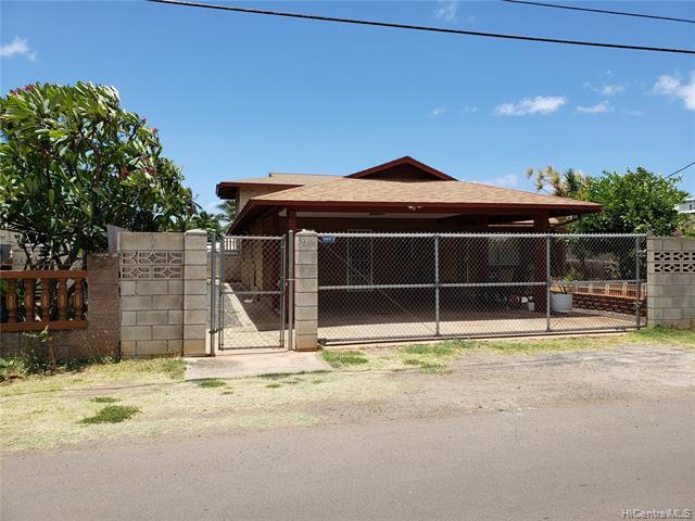 Photo of home for sale at 87-240 Saint Johns Road, Waianae HI