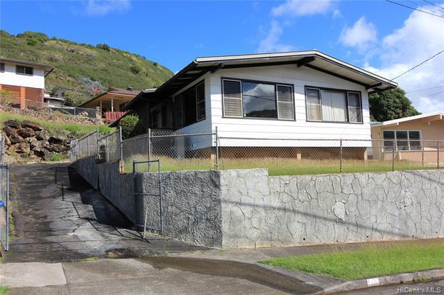 Photo of home for sale at 1408 Ala Hoku Place, Honolulu HI