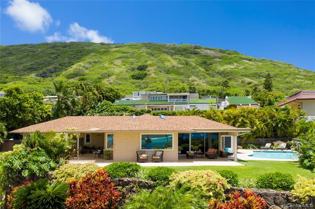 Photo of home for sale at 193 Poipu Drive, Honolulu HI