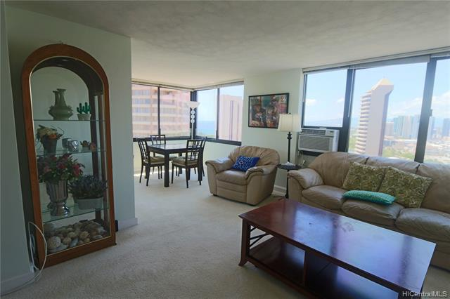 Photo of home for sale at 343 Hobron Lane, Honolulu HI