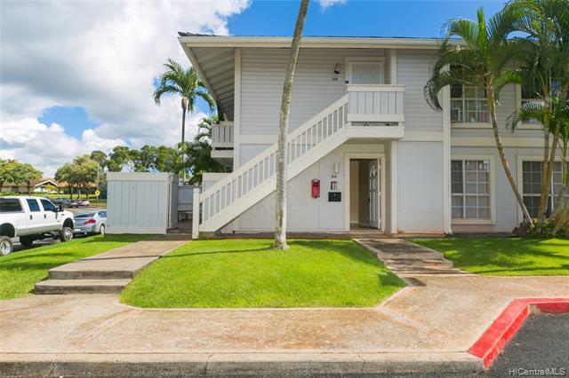 Photo of home for sale at 94-1059 Oli Loop, Waipahu HI