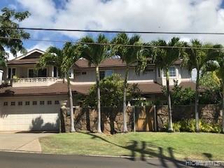Photo of home for sale at 4026 Harding Avenue, Honolulu HI