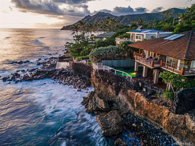 Photo of home for sale at 4240 Kaikoo Place, Honolulu HI