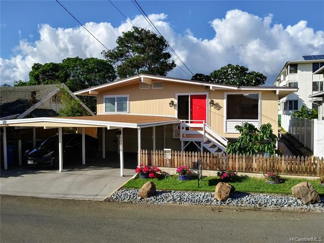 Photo of home for sale at 3016 Holei Street, Honolulu HI
