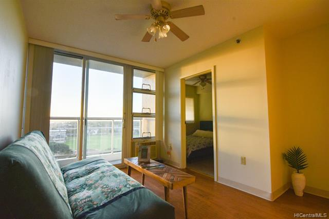 Photo of home for sale at 94-302 Paiwa Street, Waipahu HI