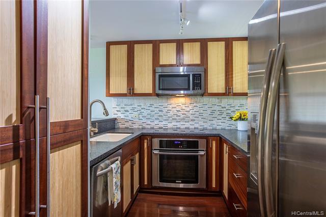 Photo of home for sale at 46-109 Konohiki Street, Kaneohe HI