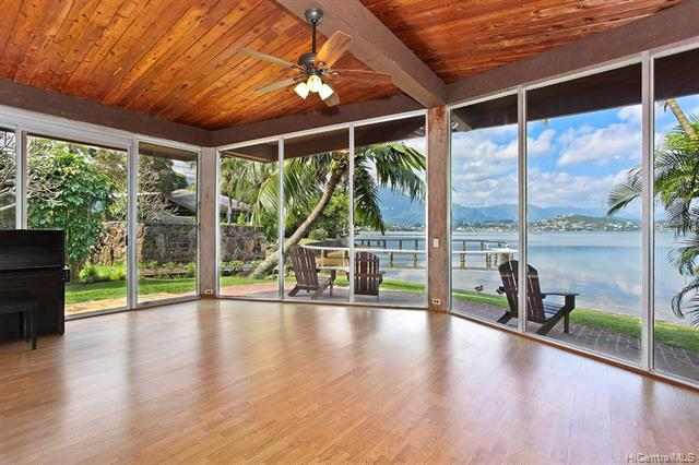Photo of home for sale at 44-275 Mikiola Drive, Kaneohe HI