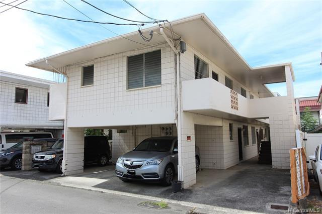 Photo of home for sale at 427 Liliha Court Lane, Honolulu HI
