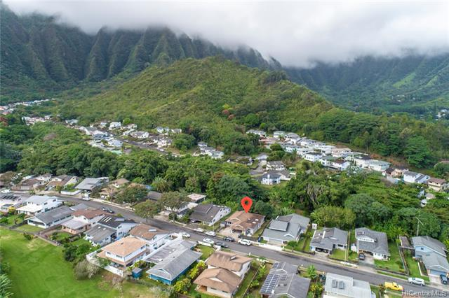 Photo of home for sale at 47-692 Hui Alala Street, Kaneohe HI