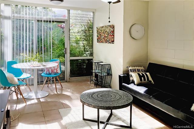 Photo of home for sale at 45-697 Kamehameha Highway, Kaneohe HI