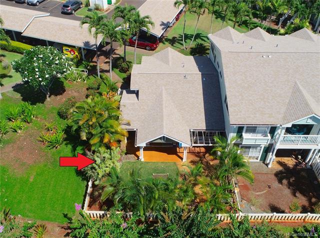 Photo of home for sale at 94-528 Lumiauau Street, Waipahu HI