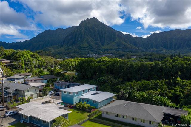 Photo of home for sale at 45-1016 Anoi Road, Kaneohe HI