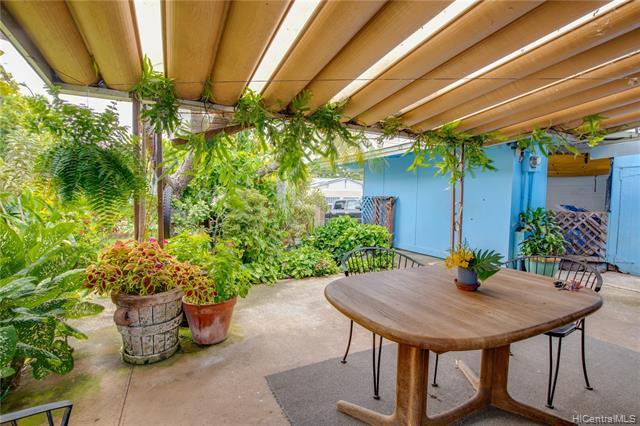 Photo of home for sale at 41-540 Inoaole Street, Waimanalo HI