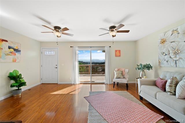 Photo of home for sale at 94-500 Koaleo Street, Waipahu HI