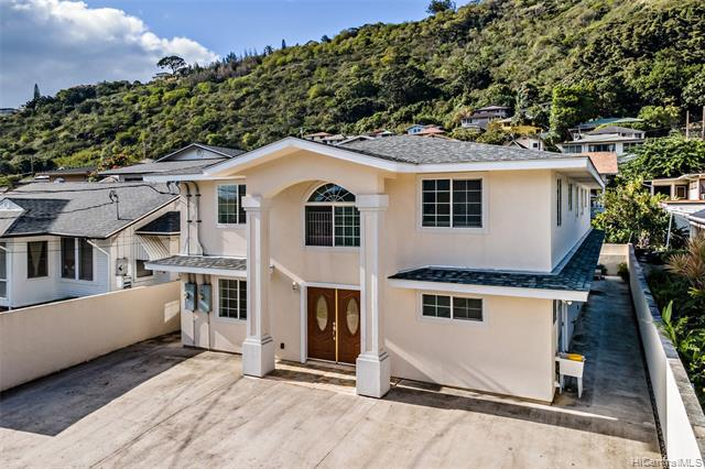 Photo of home for sale at 2664 Rooke Avenue, Honolulu HI