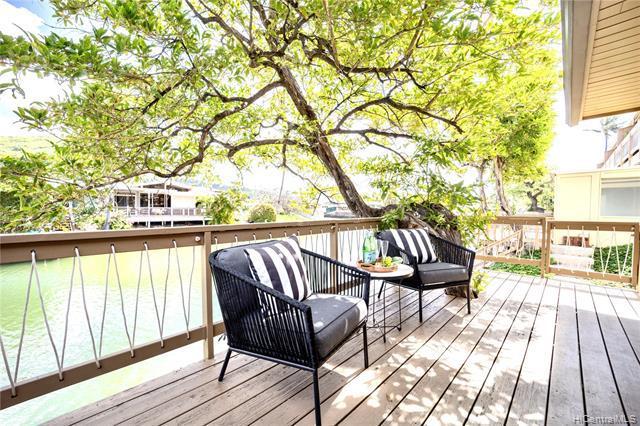 Photo of home for sale at 6370 Hawaii kai Drive, Honolulu HI