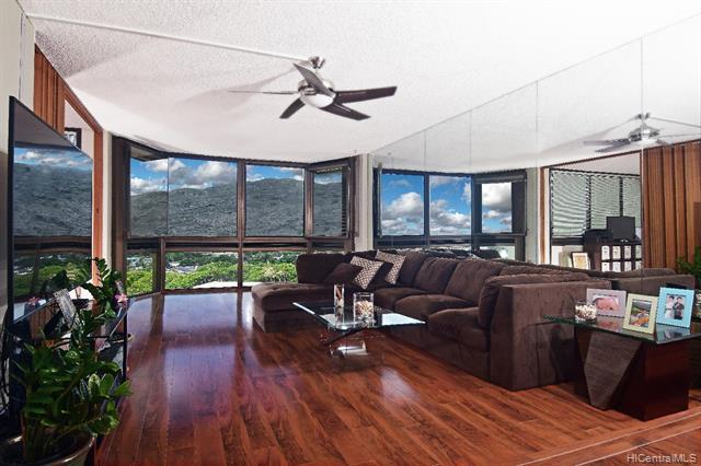 Photo of home for sale at 531 Hahaione Street, Honolulu HI